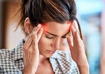 Migren kadınlarda daha sık görülüyor